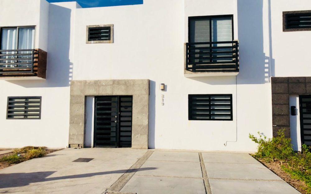 Casa en renta en San Carlos, Cantera.