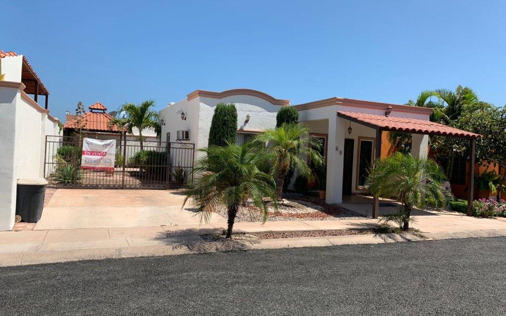 Casa a la venta a unos minutos de la playa de 2 recamaras, San Carlos, Villas Tetakawi