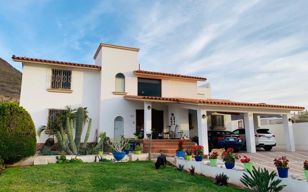 Excelente opción para vivir en una zona residencial tranquila, Lomas de miramar. Guaymas Sonora