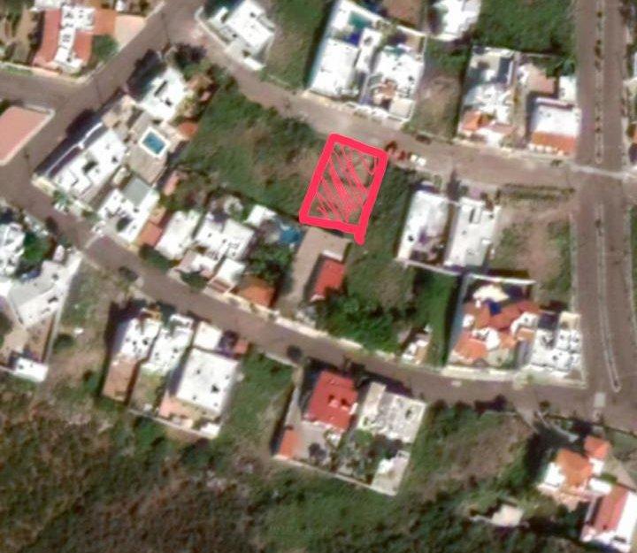 Terreno en venta con excelente ubicacion, Lomas de Cortés.