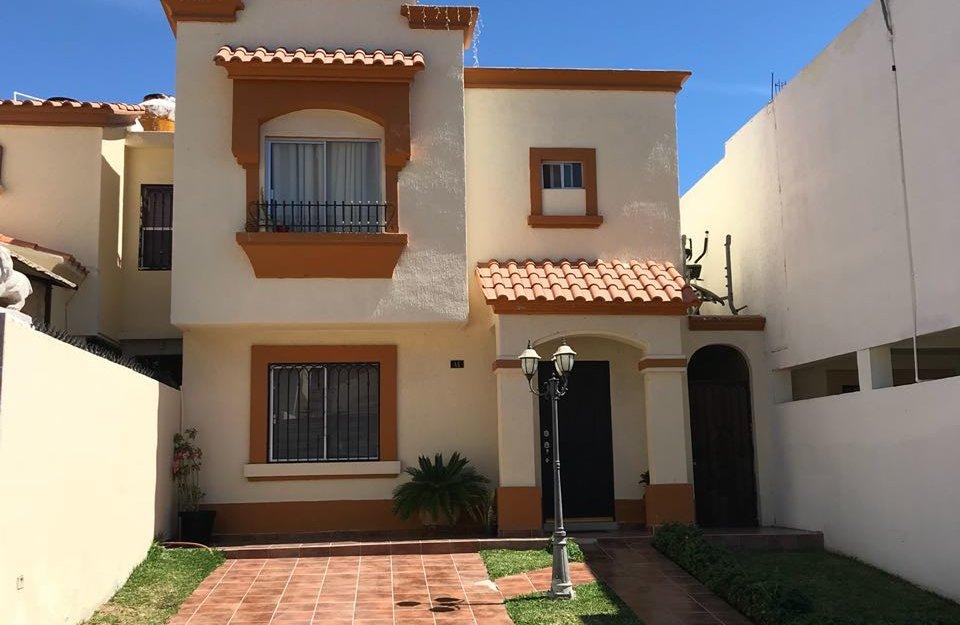 Casa en renta equipada de 3 recamaras en Guaymas Marsella Residencial