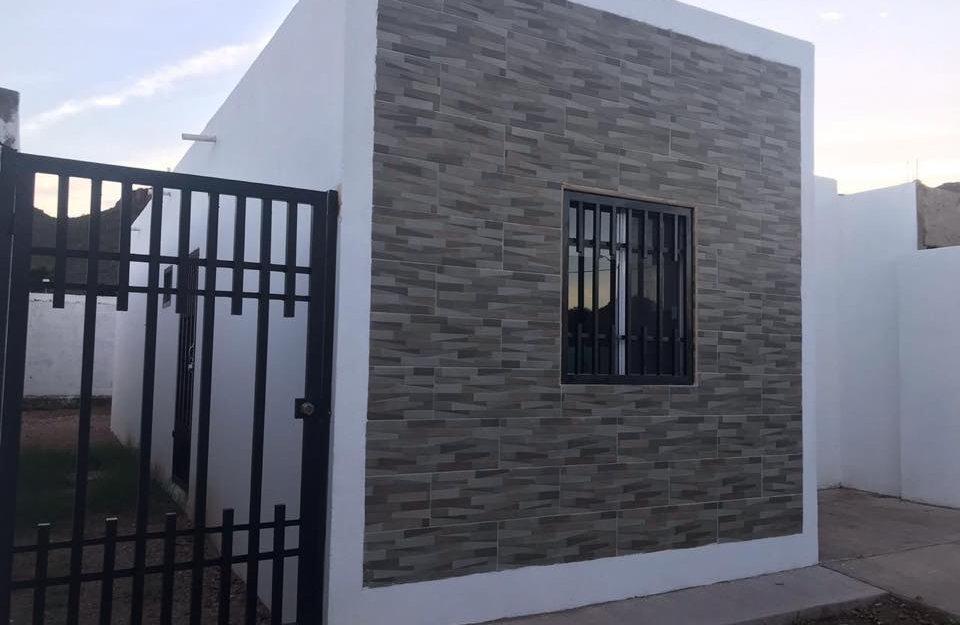 Remate Casa en venta en Guaymas de 2 recamaras Colinas de miramar