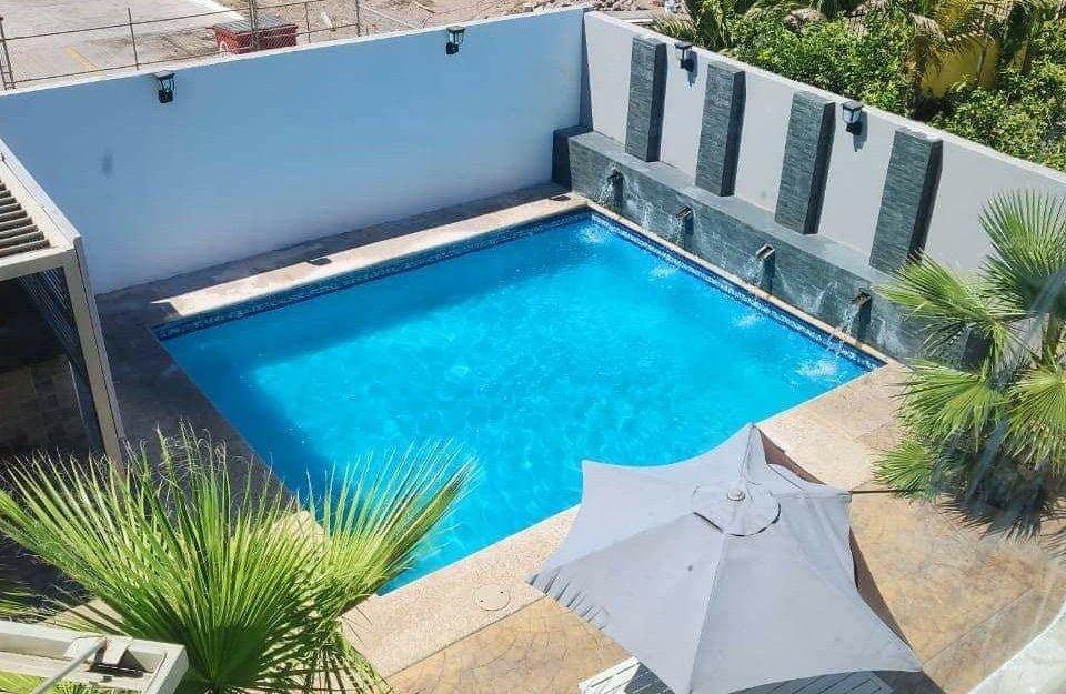 Casa en renta con alberca privada, Country club San Carlos