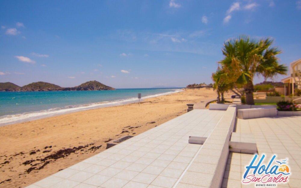Casa en renta frente a la playa, Costa del mar San Carlos