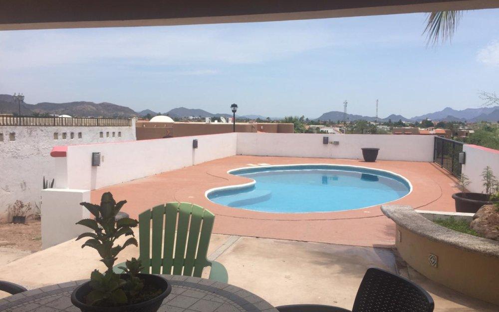 Casa en renta con alberca privada en San Carlos Loma bella