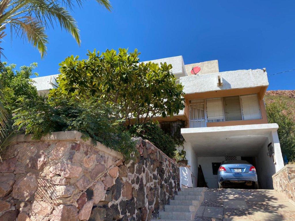 Casa en venta en Guaymas, Fracc. Costa azul!